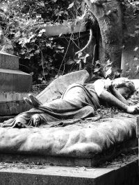 Sleeping Angel tomb