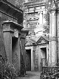 Highgate Cemetery, the Circle of Lebanon