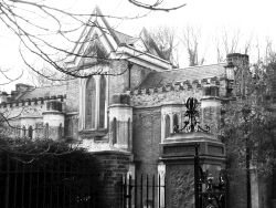 Highgate Cemetery Gatehouse