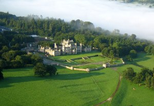 Lowther_Castle_02