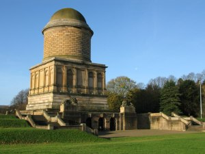 Hamilton Mausoleum, image by G Laird  via Wikimedia Commons
