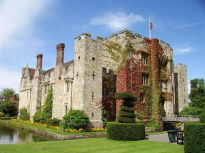 Hever Castle, Anne's family seat in Kent.  Image by Puffin.