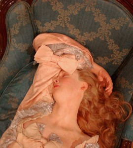 2098246740_40e1a2e03e_z_sleeping beauty