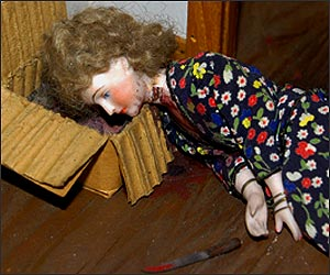 Red Bedroom - a murdered prostitute. Image source - murder diorama