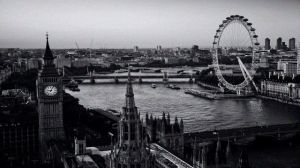 houses-of-parliament-and-london-eye-on-thames-from-above-640_visitlondoncom_1